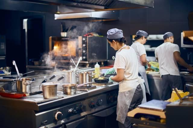 équipements de cuisine professionnels